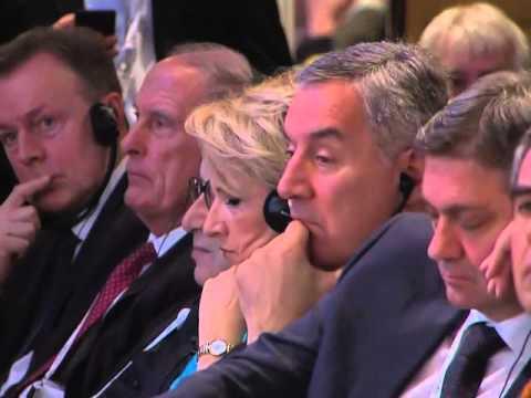 Выступление Дмитрия Медведева на панельной дискуссии Мюнхенской конференции по вопросам политики ...