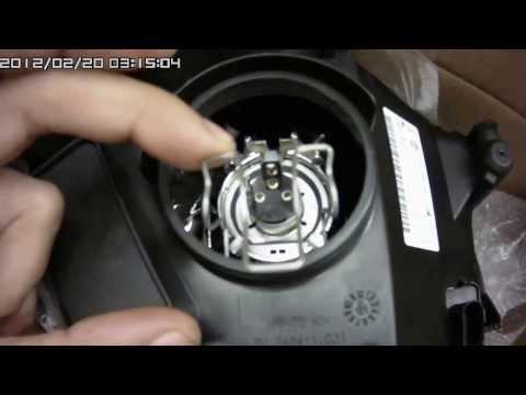 Смотреть онлайн Замена ламп в фаре Volkswagen Polo sedan