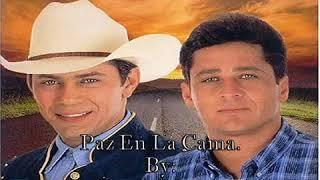 Leandro Y Leonardo-Paz En La Cama