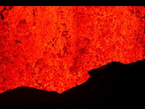 Amazing footage shows lava balls shooting out of Kilauea volcano in Hawaii