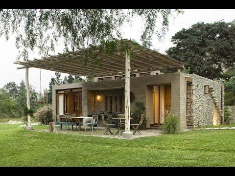 Casa de campo con materiales de construcci n aut ctonos for Casas con planos y fotos