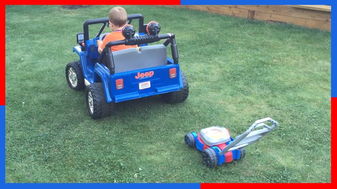 POWER WEELS Blue JEEP Wrangler BUBBLE Toy Lawn Mower
