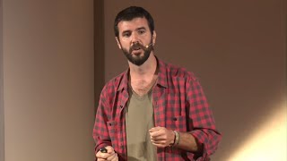 Artesano de lo invisible | Luis Vedoya | TEDxUCA YouTube Videos