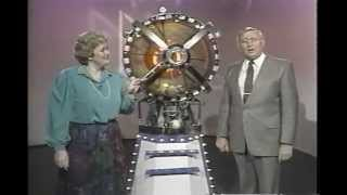 Wintario: This Week in Lotteries Segment.   How a lottery ball machine works.