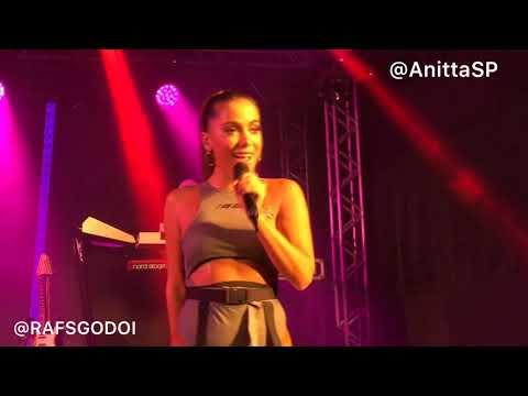 Jacuzzi - Anitta AO VIVO em Campinas (16/02/2019)