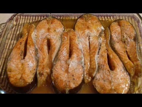 Как запечь стейки форели в духовке