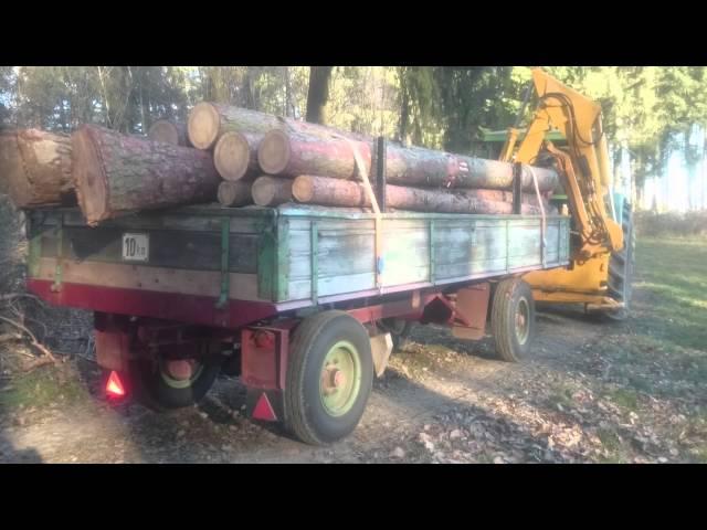 Fendt Favorit 611 S Turbomatik beim Holztransport