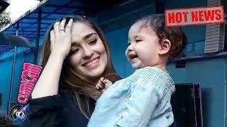 Hot News! Begini Aksi Lucu Putri Yasmine Wildblood Saat Diwawancarai - Cumicam 22 September 2017