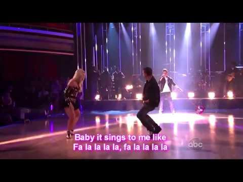 Justin Bieber fa la la ft. Boys II men (Lyrics On Screen) LIVE [HD]