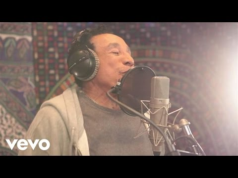 Smokey Robinson, John Legend - Quiet Storm (Studio Video)