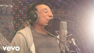 Smokey Robinson, John Legend - Quiet Storm (Studio Video)