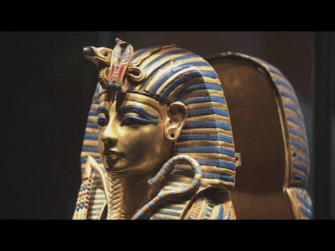 Download The comeback king: Tutankhamun returns to Paris for giant exhibition
