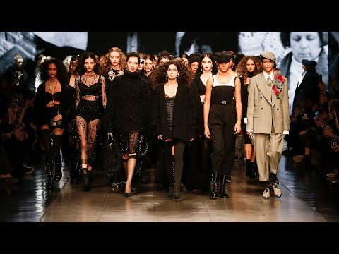 Dolce&Gabbana Fall Winter 2020/21 Women's Fashion Show