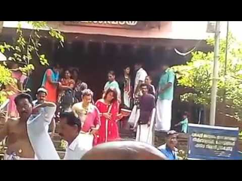 Naviya nair visited kottiyoor temple.നവ്യാ നായർ കൊട്ടിയൂർ ക്ഷേത്ര ദർശനം നടത്തുന്നു