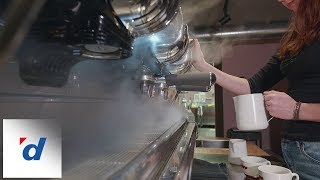 Panasonic GH5s: Barista - Latte Art Skills