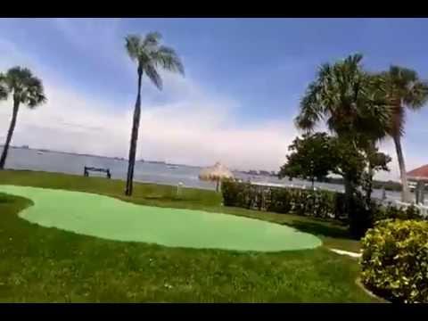 Bermuda Bay Beach Club - Going To The Pool!