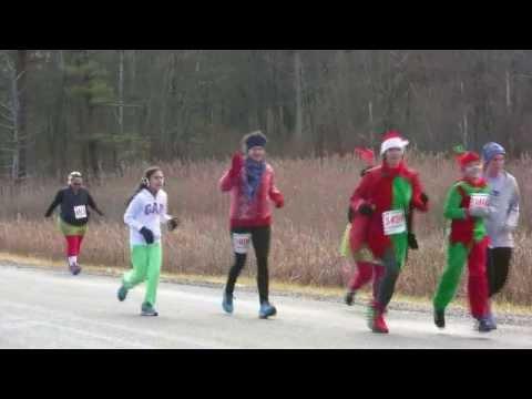 2013 Jingle Bell Run Start