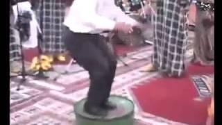 رقص شعبي مغربي ولا في الاحلام رقص مثير   YouTube