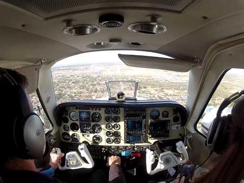 Landing VFR KLRD