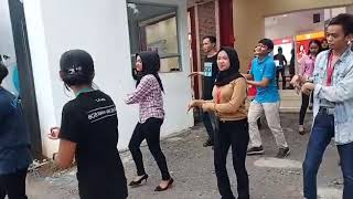 Gambar cover Dance Tahu Bulat Promotor Erafone Garut