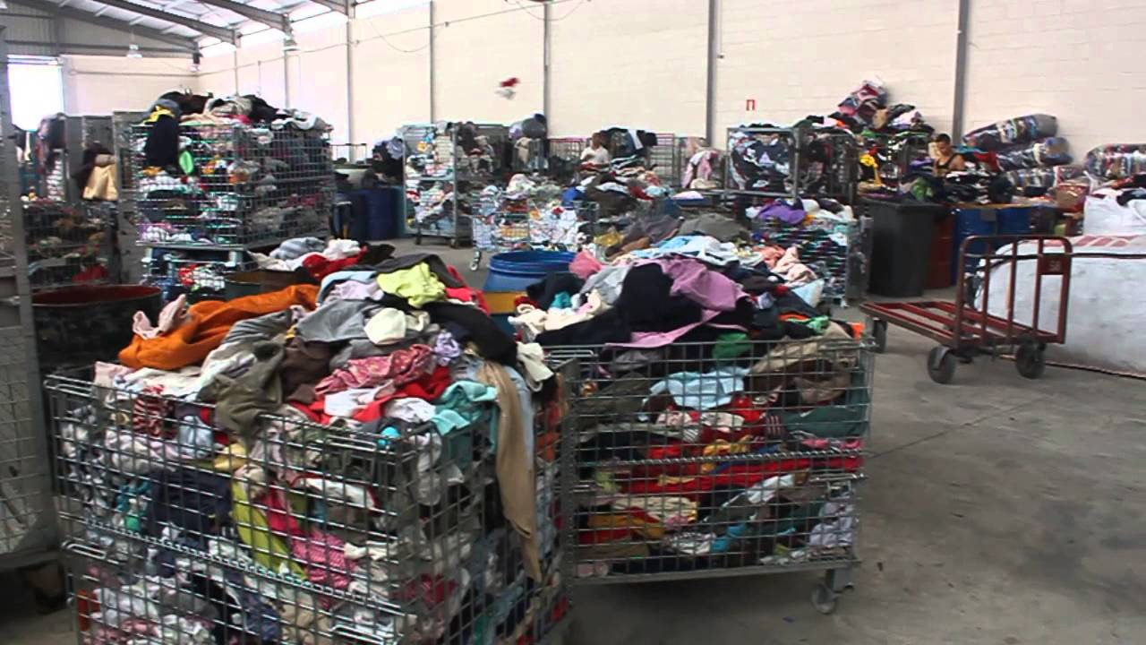 Empresa de reciclaje y venta de ropa usada recycler of - Cosas de reciclaje ...