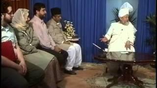 Liqa Ma'al Arab 7 August 1994 Question/Answer English/Arabic Islam Ahmadiyya