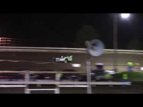 Hummingbird Speedway (9-15-18): Swanson Heavy Duty Truck Repair Semi-Late Model Heat Race #3