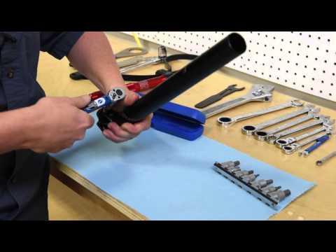 bike-mechanics-torque-wrench-youtube
