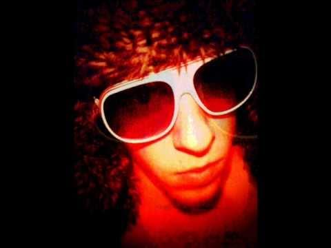 "Download Blood Orange - Sutphin Boulevard remix (""It's True"" BeeZy Records)"