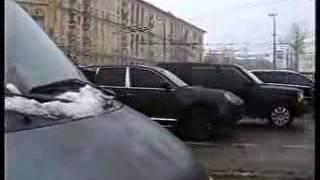 Спецназ перепутал Porsche Cayenne(При проведении операции по задержанию вооруженных преступников по стечению обстоятельств не в то время..., 2015-02-20T03:20:45.000Z)