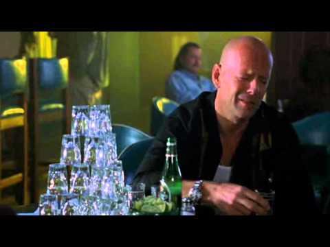 Download Bruce Willis-The Whole Ten Yards-bar scene-great&lol