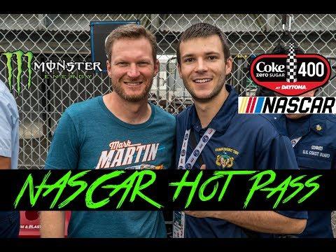 NASCAR Hot Pass - Daytona International Speedway