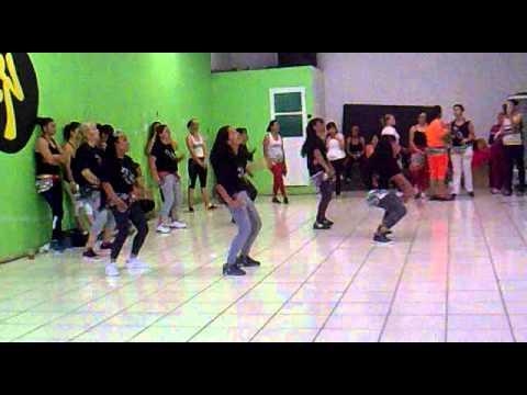 MENEA TU CHAPA (coreografía) Videos De Viajes