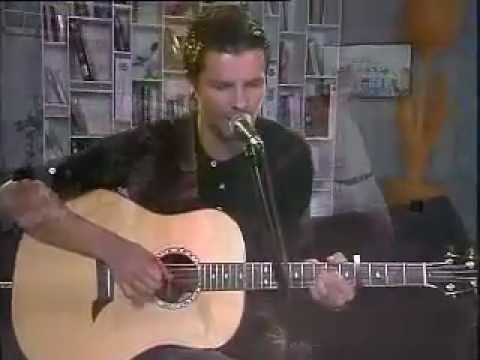 Elvis Blue 'Lighthouse' live on eXpresso (23/05/2011)