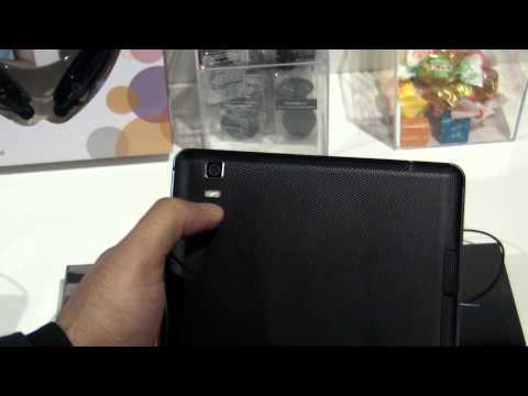 LG Optimus Pad U8300 review HD ( in ROmana ) - MWC2012 - www.TelefonulTau.eu -
