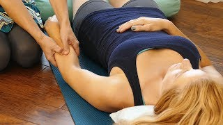 How to Help a Friend with Wrist Pain, Carpal Tunnel, Easy Massage Tips with Chandler, Relaxing Music