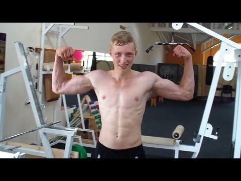 Как накачать плечи — 4 лучших упражнения для развития дельт