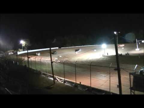 Skyline Speedway Modified Heat Race...10-7-2016