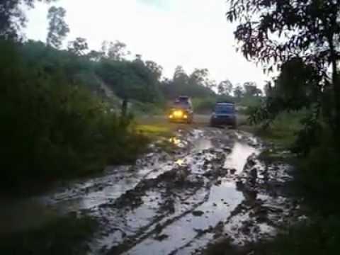 Offroad Bersama Taft Diesel Indonesia Trooper Nusantara Youtube