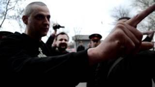 Православные хоругвеносцы против ЛГБТ(Как хоругвеносцы пришли разгонять геев читайте и смотрите фото-видео на PublicPost.Ru http://www.publicpost.ru/theme/id/1377/ Пере..., 2012-04-26T19:27:23.000Z)