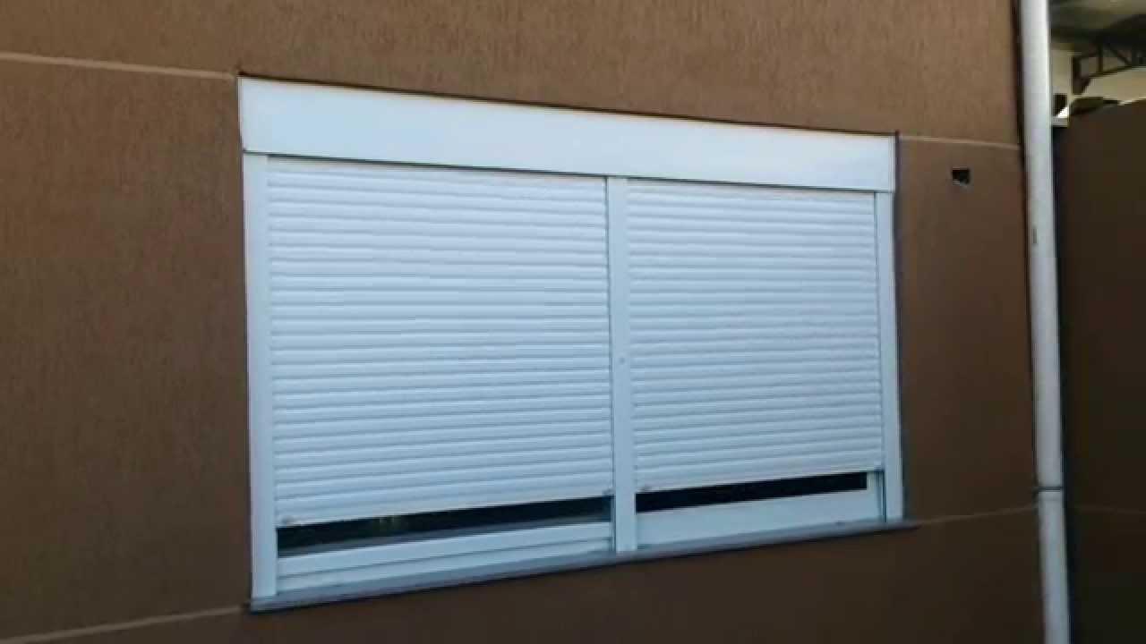 Janela de PVC com persiana  Ketamy Esquadrias de PVC