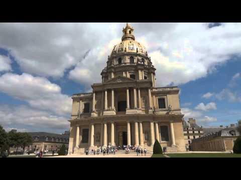 Real Paris, Tourist Paris