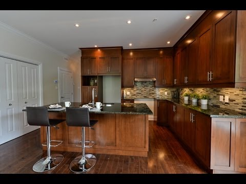 Pointe Claire LeNoble Condominiums. Home Staging Montreal