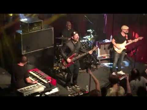 Electron - Another Brick In The Wall cover @ The Ardmore Music Hall