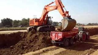 Hitachi 670 beläd Dumper, LKW und Fendt Video2
