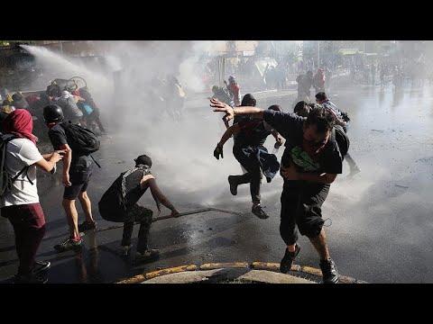شاهد: تواصل الاحتجاجات في تشيلي ووزير المالية يقول إن الوضع سيؤثر على الإقتصاد…  - نشر قبل 2 ساعة