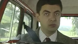 First Ever Reliant Robin Crash | Mr. Bean Official