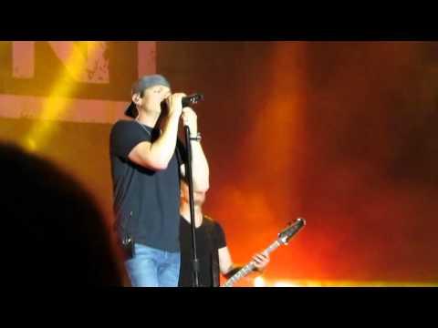 3 Doors Down - Be Like That - Live at Universal Orlando Resort - 3/20/16