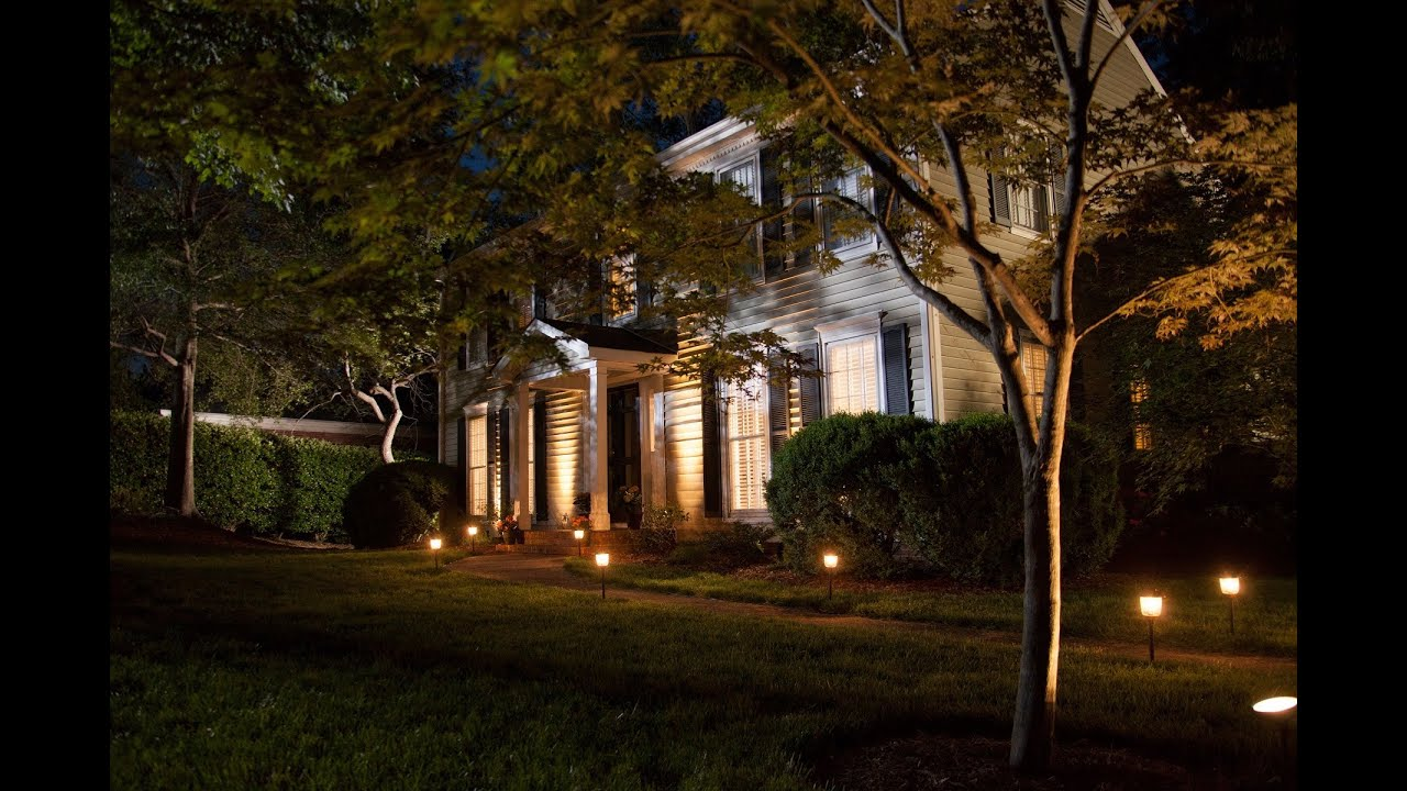 How to Install Landscaping Lighting - YouTube