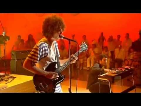 """Wolfmother """"Joker and the thief"""" Live ABC Studios 2005"""